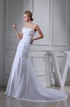 Classic Church Scalloped Edge Sleeveless Zip up Taffeta Bridal Gowns
