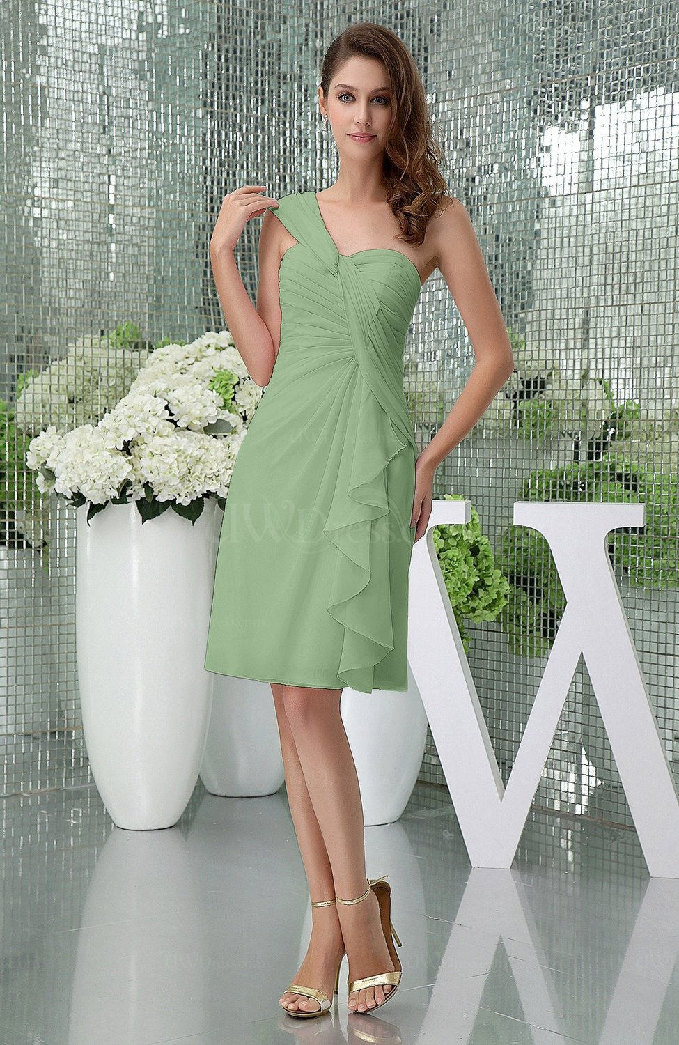 33e632026a Sage Green Elegant Sheath Sleeveless Zipper Knee Length Ruching Party  Dresses (Style D41243)