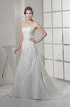 Elegant Garden A-line Sweetheart Sleeveless Chapel Train Bridal Gowns