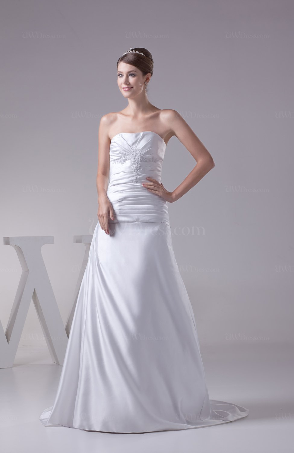 White Classic Garden A Line Sleeveless Satin Court Train
