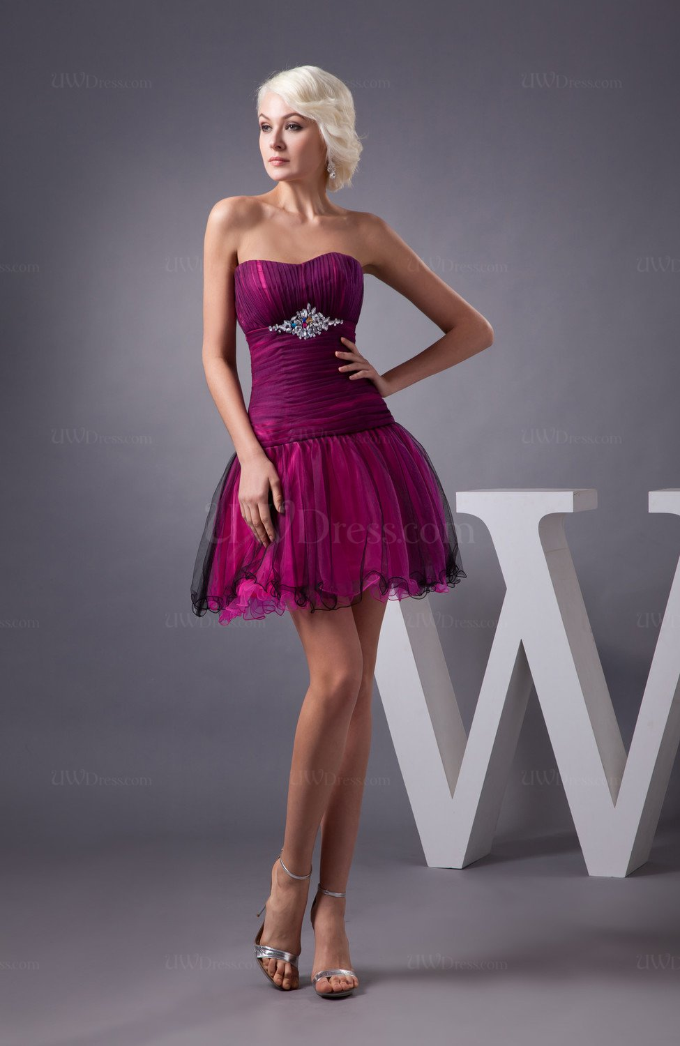 Inexpensive Bridesmaid Dress Short Backless Full Figure