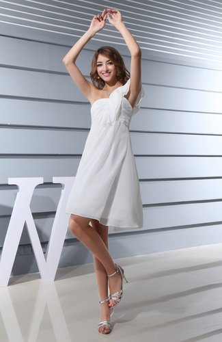 Classic Sleeveless Backless Chiffon Ruching Wedding Guest Dresses