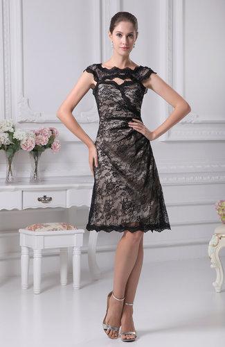 Elegant Scalloped Edge Sleeveless Knee Length Lace Bridesmaid Dresses