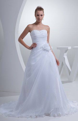 Elegant Garden Sweetheart Sleeveless Court Train Sequin Bridal Gowns