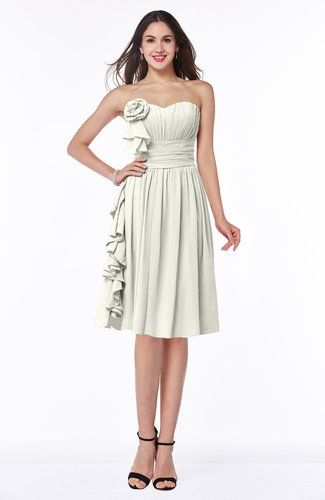 Traditional A-line Sweetheart Sleeveless Chiffon Knee Length Plus Size Bridesmaid Dresses