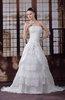 Antique Garden Princess Scalloped Edge Zipper Sweep Train Bridal Gowns